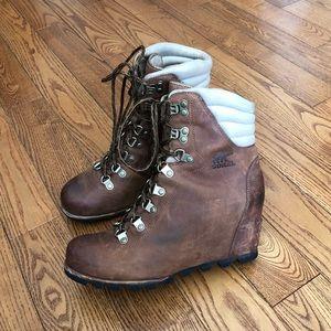 Sorel Conquest wedge boots.
